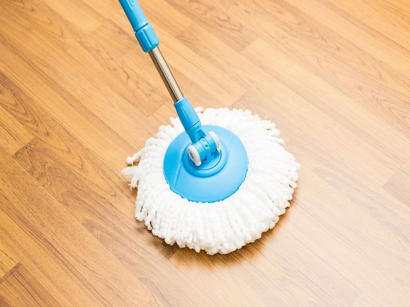Hur man rengör kontorets naturliga golv